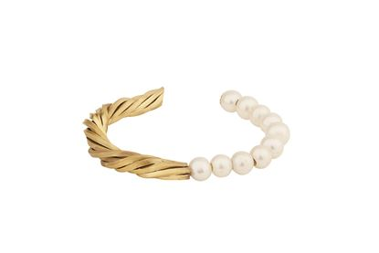 Picture of Gold Vermeil Twist  Bracelet With Freshwater Pearls